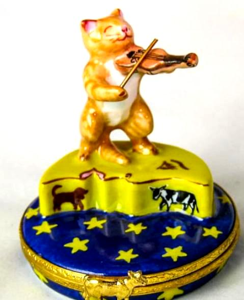 Cat and the Fiddle  Artoria - RARE RETIRED - 3 Extra Days to Ship