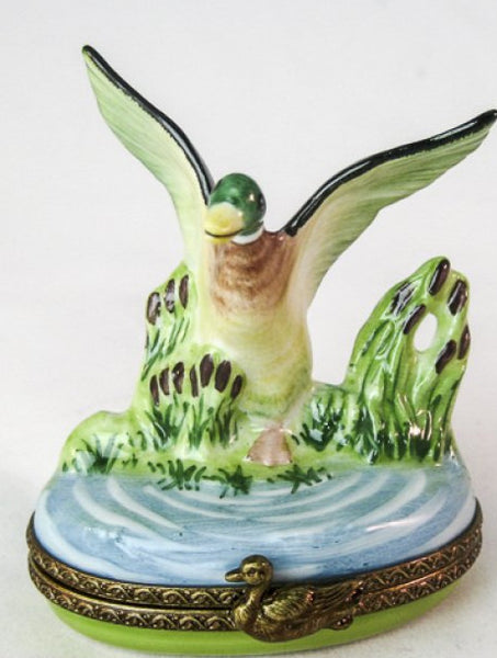 Duck in Flight  - RARE RETIRED - 3 Extra Days to Ship