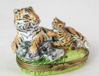 Tiger Cub Playing - RARE RETIRED - 3 Extra Days to Ship
