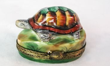 Turtle on Grass - RARE RETIRED - 3 Extra Days to Ship