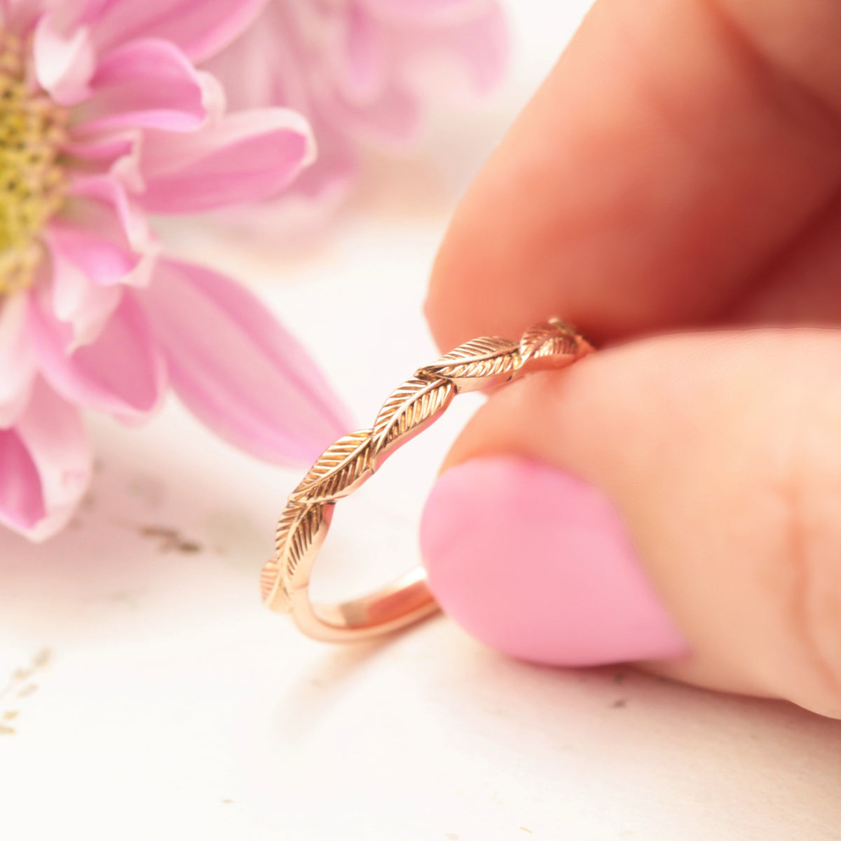 Delicate Gold Wedding Ring Engraved Leaves Wedding Band Organic Wedding Band Leaf Engraved Band Nature Inspired Wedding Ring