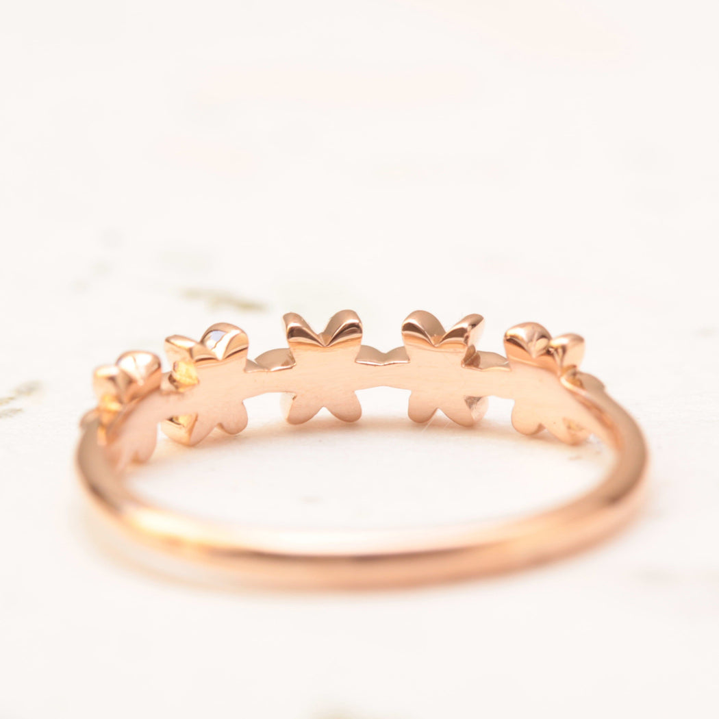 curved flower wedding ring in rose gold
