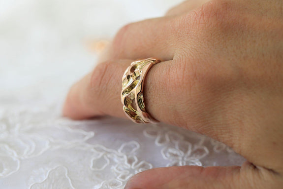 rustic gents wedding ring on hand