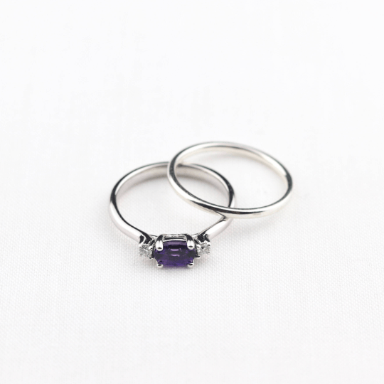 amethyst and diamond engagement ring with wedding ring