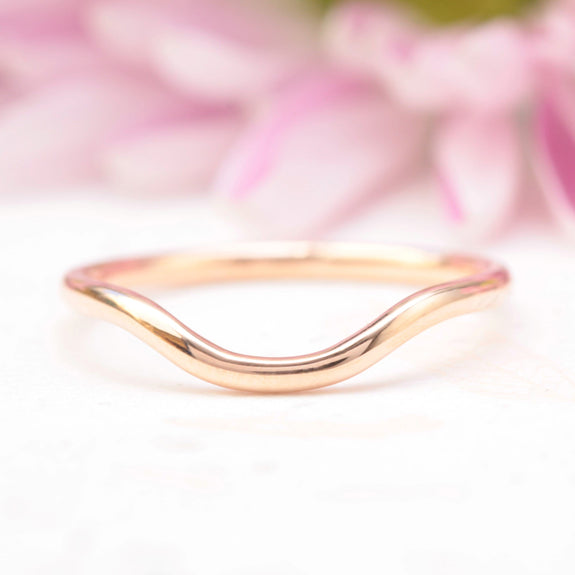 curved wedding band rose gold