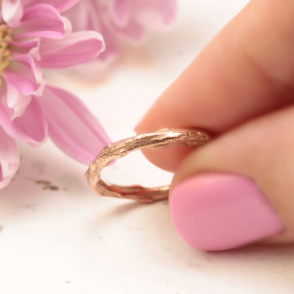 rose gold twig wedding band