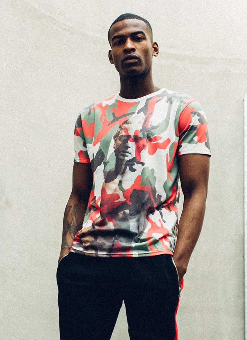 CAMOUFLAGE STATUE T-SHIRT