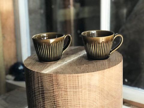 Fluted Ame coffee mug