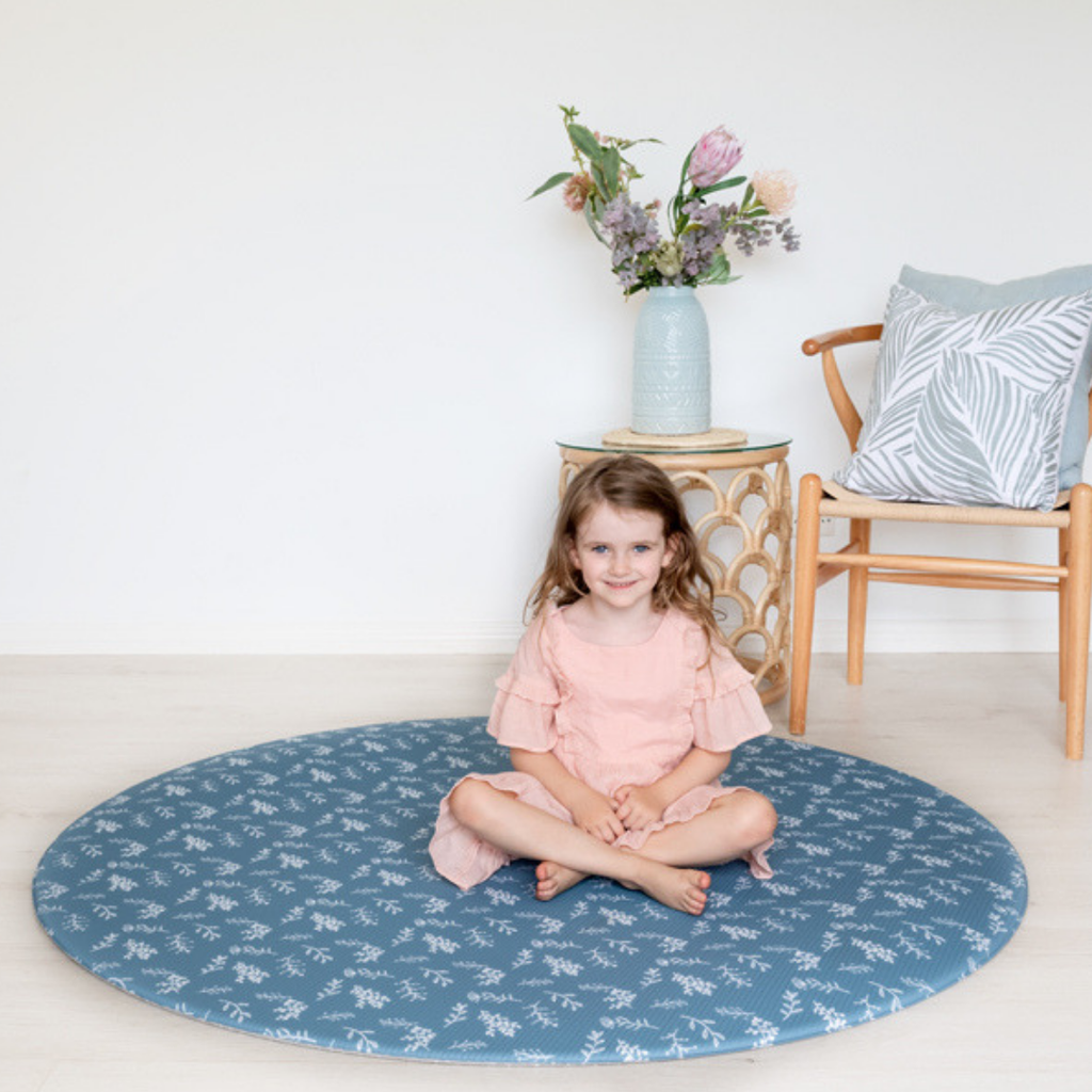 Munchkin & Bear Luxe Padded Round Playmat Botanicals Steel Blue