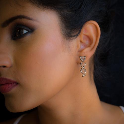 Dynamic DNA - Stud Earrings - Aliame