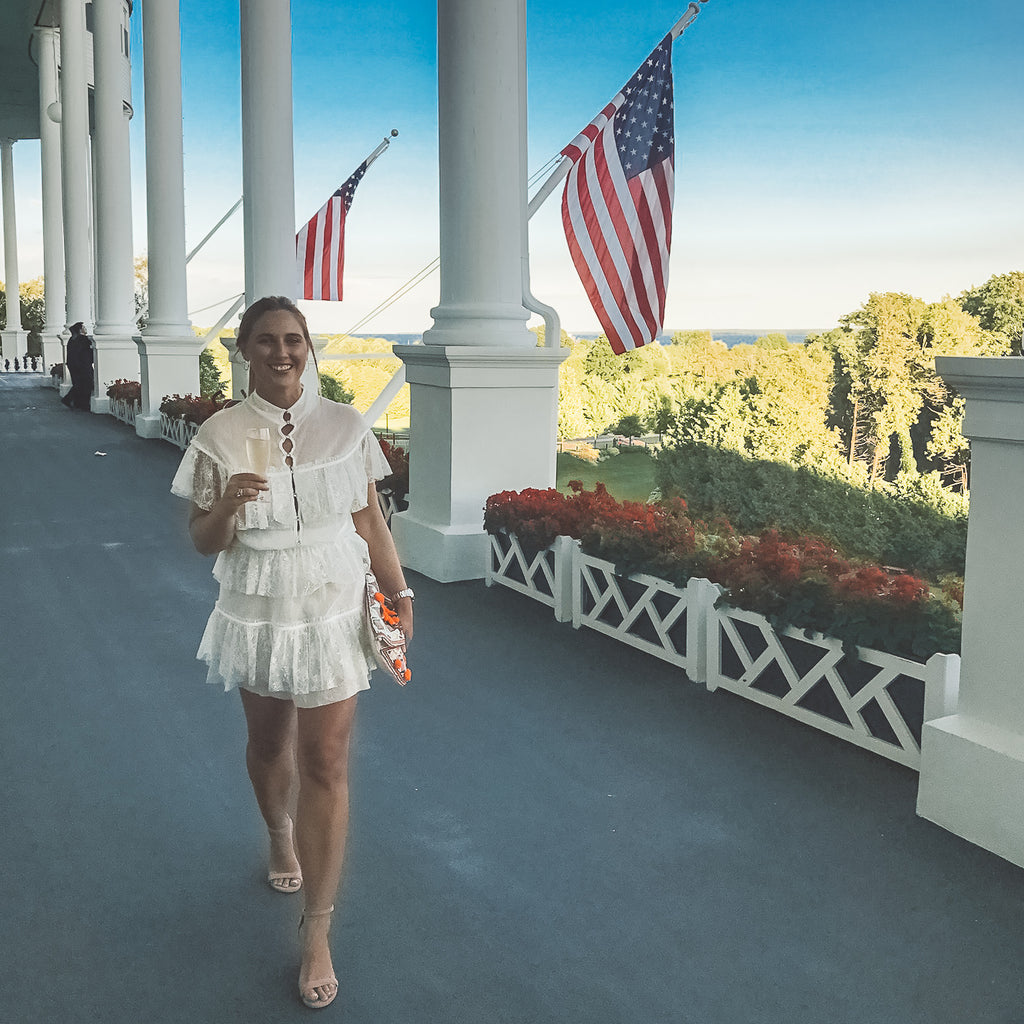 Go In Luxury Mackinac Island And Grand Hotel Travel Blog Lex Zach World Travel Guide And Boutique
