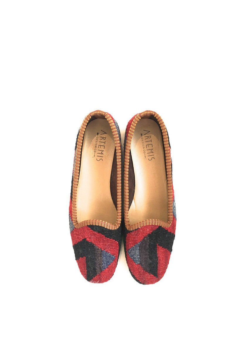 ARTEMIS Ladies Kilim Flat size 38 Red, Black and Blue