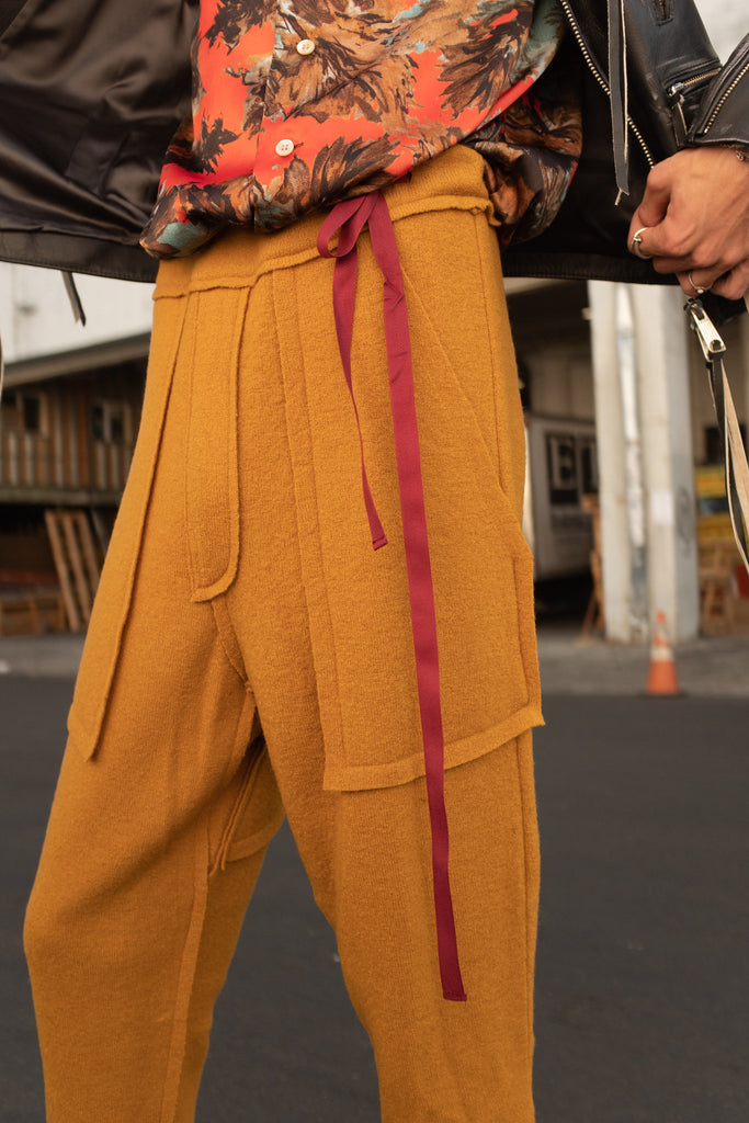 Easy Wool Drawstring Pant by Bed J.W. Ford - get Free Shipping & Returns in USA. Shop online the latest Bottoms of Bed J.W. Ford for Men at DPTO LA.