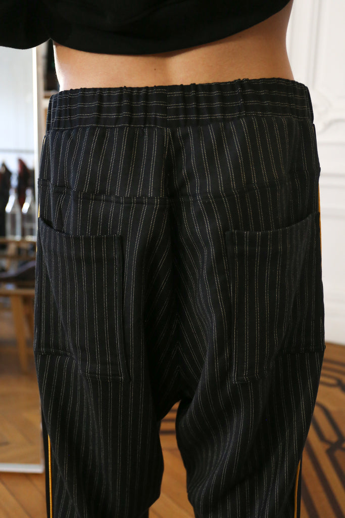 [vendor_title] Skull Dove Tapered Trouser - DEPARTAMENTO