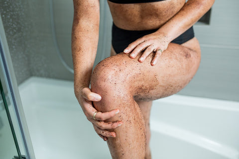 Exfoliating legs with coffee scrub