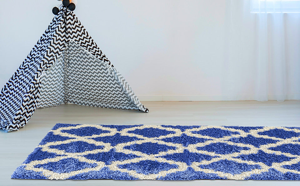 Adgo Chester Collection Blue and White Area Rug