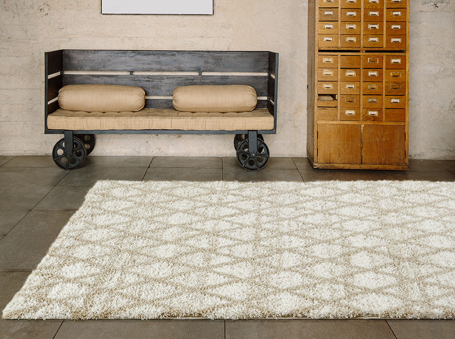 Adgo Vernazza Collection Modern Contemporary Live White and Beige Design Jute Backed Area Rugs Tall Pile Height Well Spaced Soft and Fluffy Indoor Floor Rug