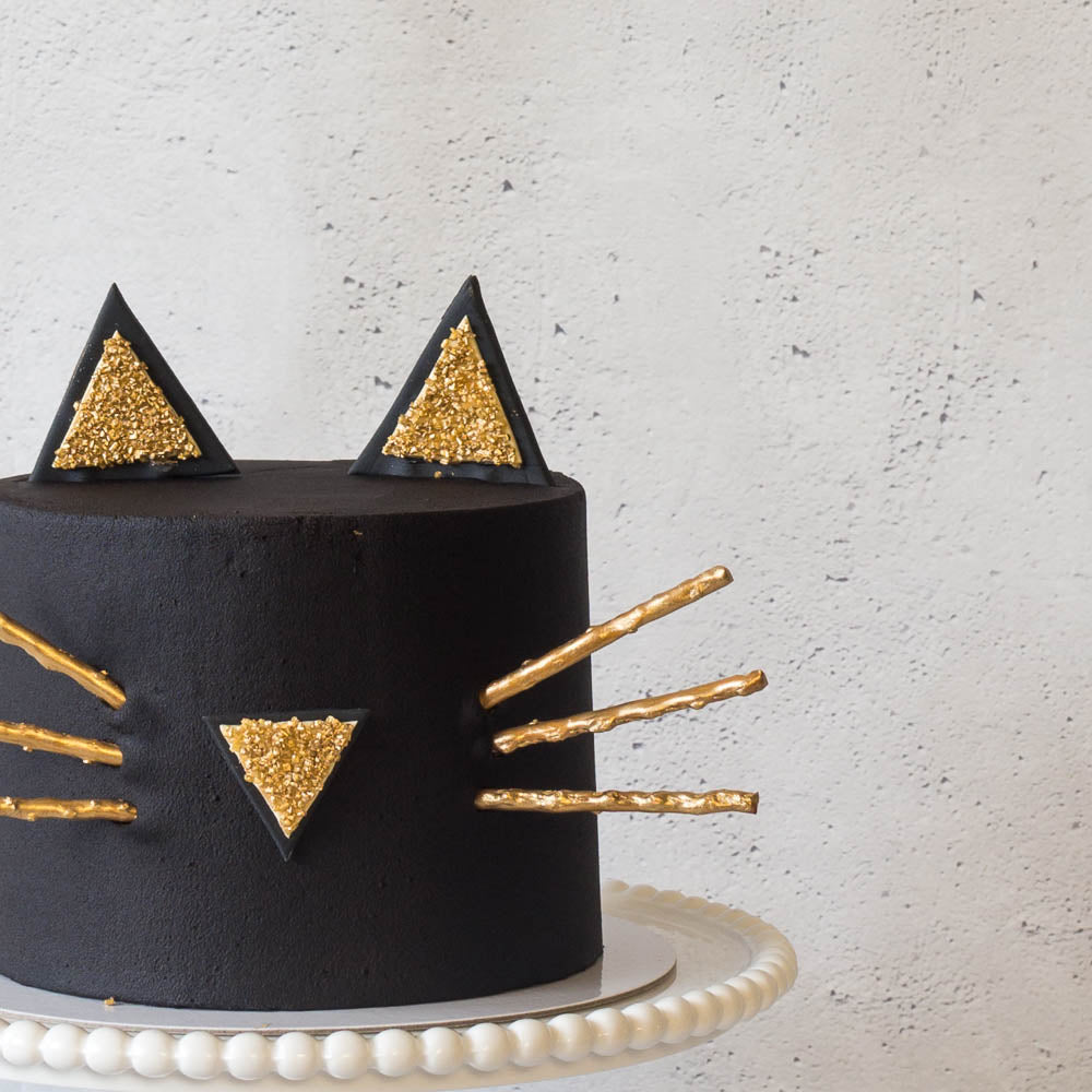 The Black Cat | Buttercream Iced Cake