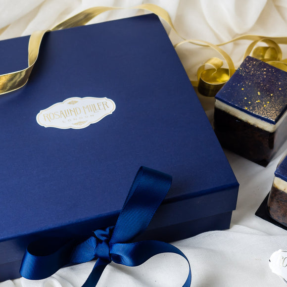 SOLD OUT Starry Starry Night Christmas Cake Box | Price includes UK delivery