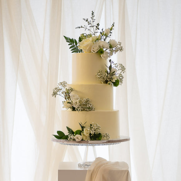 Fresh Florals  |  Buttercream Iced Wedding Cake with Fresh Flowers