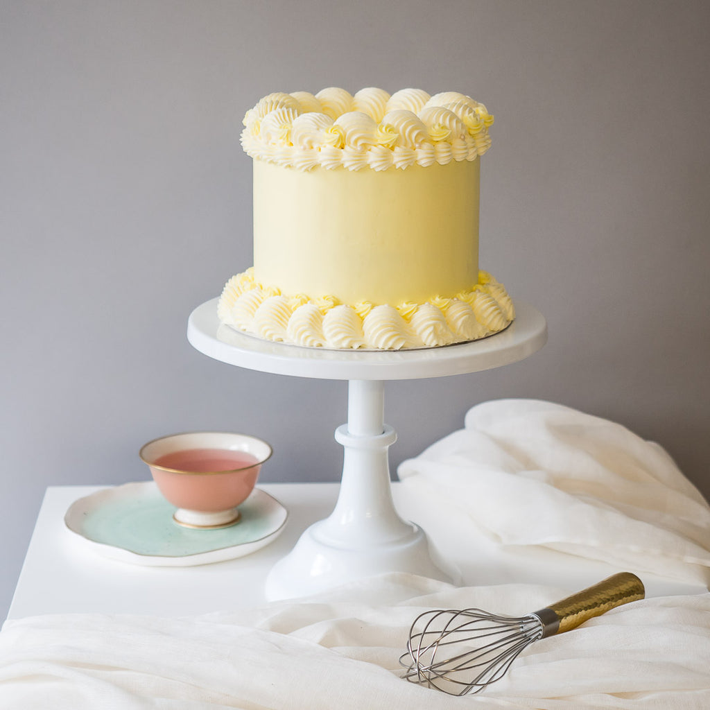 Pastel Dreams in Yellow | Buttercream Iced Cake