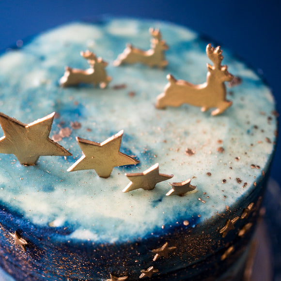 Festive Spiced Starry Night Cinnamon, Ginger & Nutmeg Cake