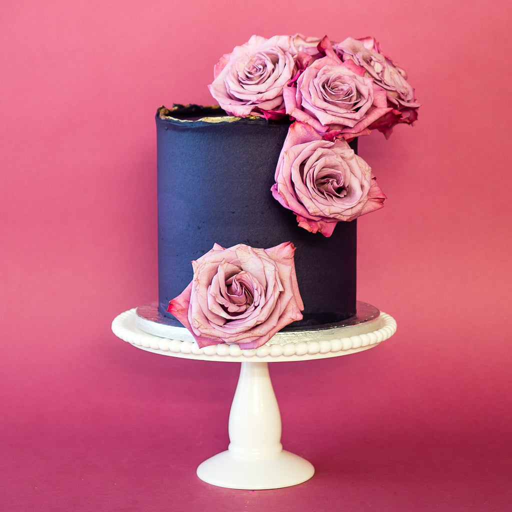 Violet Rose | Buttercream Iced Cake with Fresh Roses