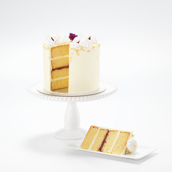 An exquisitely flavoured Madagascan vanilla bean sponge cake, filled with perfectly tart English Raspberry Conserve and layers of smooth vanilla bean buttercream.