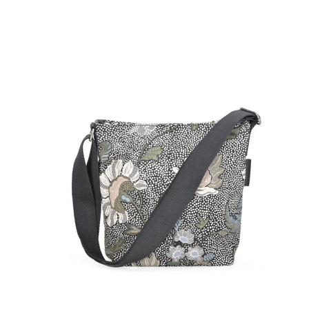 Flower Linen Shoulder Bag in Black