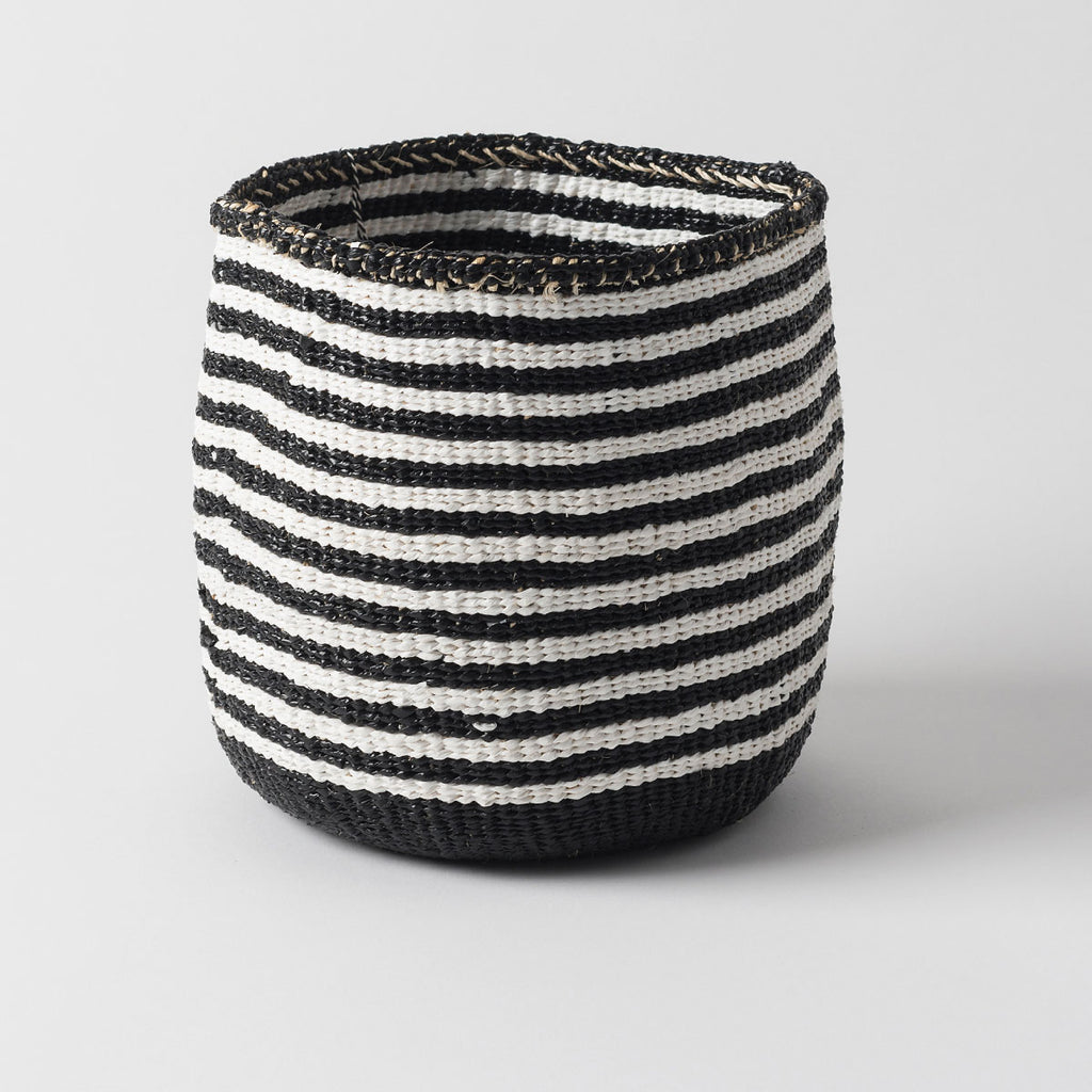 Kiondo Thin Stripe Basket White/Black