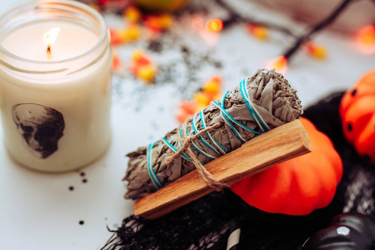 Halloween Decor Gift Set - Sage Smudge Kit with Palo Santo - Soy Candles