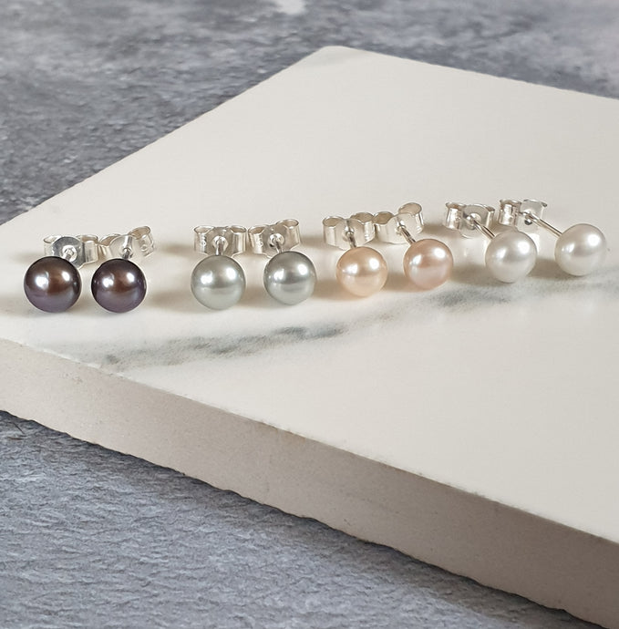 Sterling silver freshwater pearl stud earrings