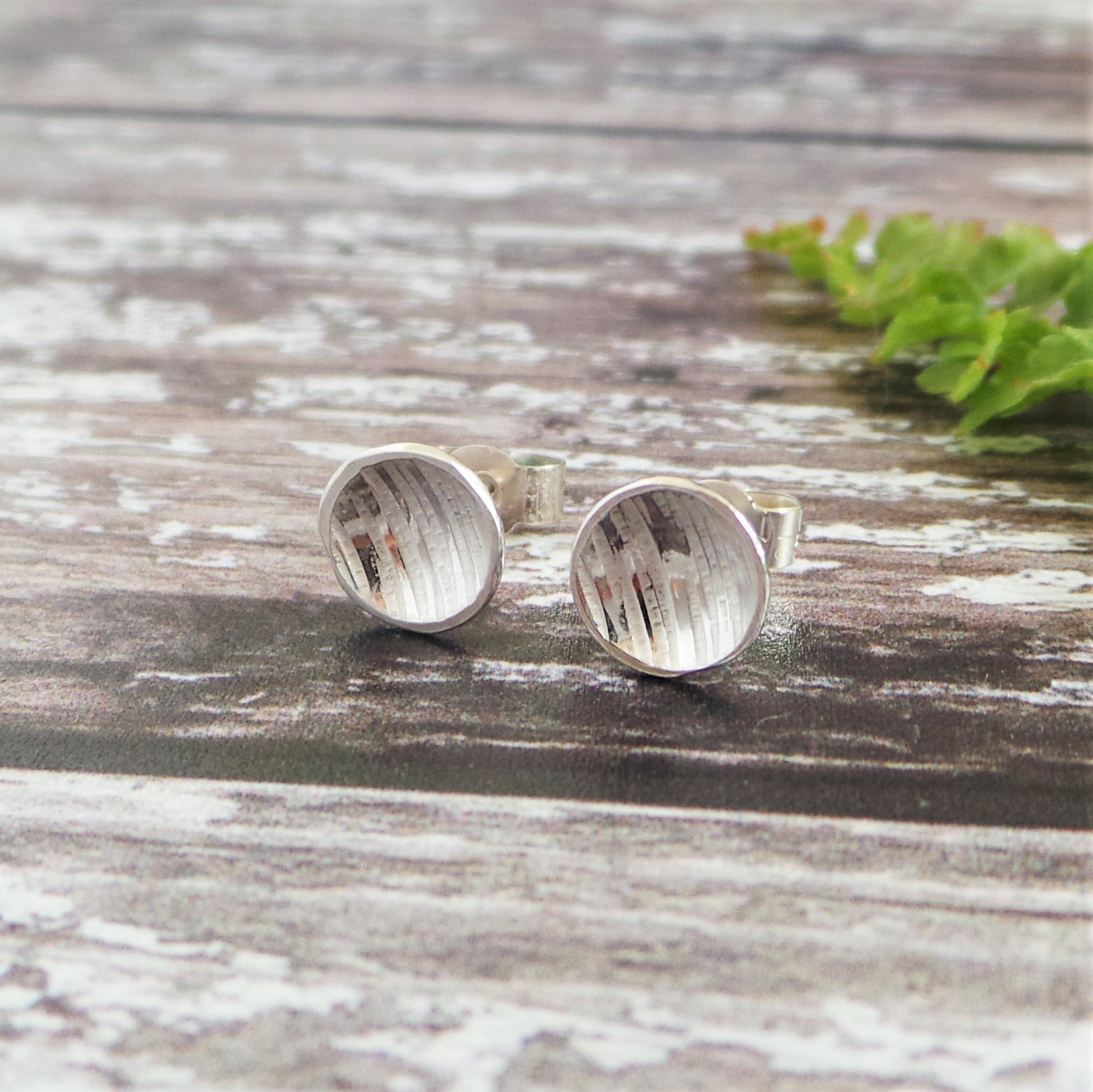 Bark Hammered Disc Stud Earrings