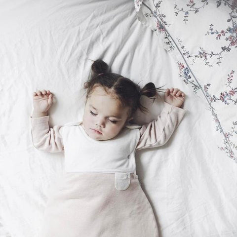 Mori | Winter Clever Sleeping Bag 2.5 Tog - Polka Dots | A Little Find