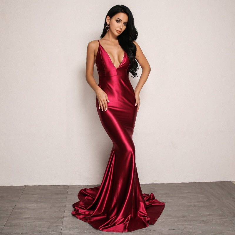 Backless Bodycon Satin Dress in RED