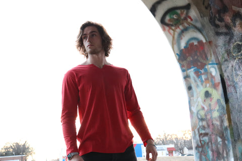 THE INDEPENDENT LONG SLEEVE - VICTORY RED