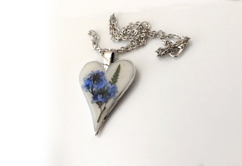 Scottish Forget-Me-Nots Heart Pendant Necklace - FREE SHIPPING OJ08