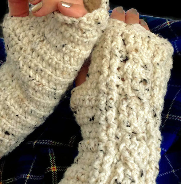 Outlander Claire's Fingerless Cabled Texting Gloves - Cream FREE SHIPPING  G03