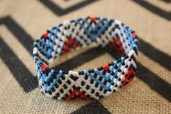 Art# K6  4+ inch Original Kayapo Traditional Peyote stitch Beaded Bracelet from Brazil.