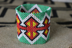 Art# K98  4 inch Original Kayapo Traditional Peyote stitch Beaded Bracelet from Brazil.