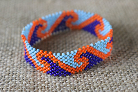 Art# K420  3+ inch. Original Kayapo Traditional Peyote stitch Beaded Bracelet from Brazil