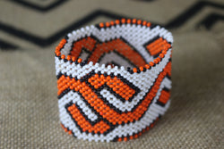 Art# K44  3.5+ inch Original Kayapo Traditional Peyote stitch Beaded Bracelet from Brazil.