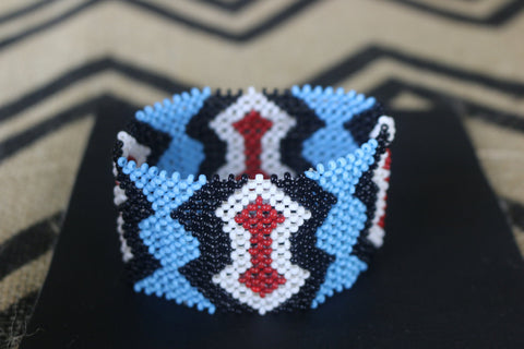 Art# K56 3.5 inch  Original Kayapo Traditional Peyote stitch Beaded Bracelet from Brazil.