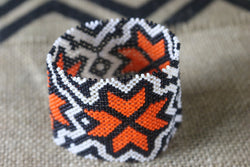 Art# K78  3+ inch Original Kayapo Traditional Peyote stitch Beaded Bracelet from Brazil.