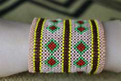 Art# K125  3.5+ inch Original Kayapo Traditional Peyote stitch Beaded Bracelet from Brazil.