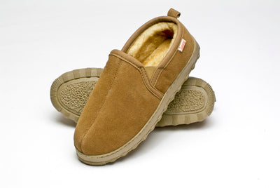 Tamarac by Slippers International Men's Cody Shearling Slipper