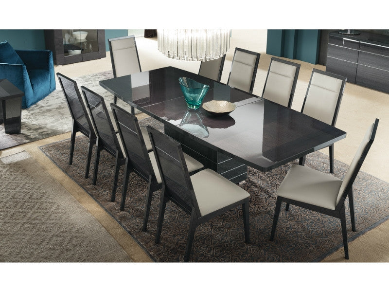 Versilia Dining Table