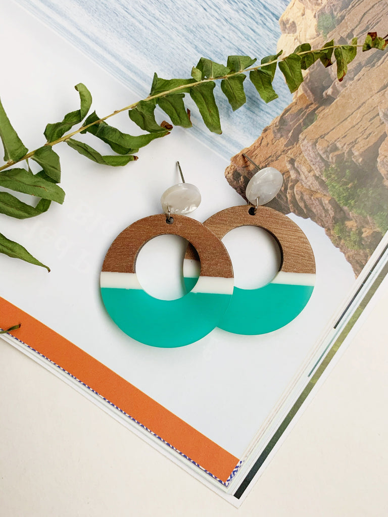 Earrings of the week in Sand and Sea