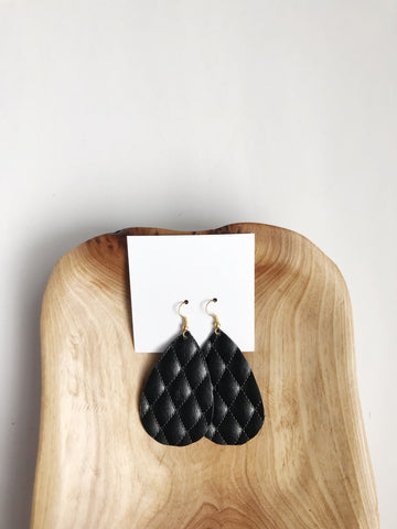 Leather teardrop earrings in Quilted Black