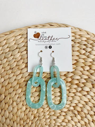 Earrings of the week in Mint To Be Acrylics
